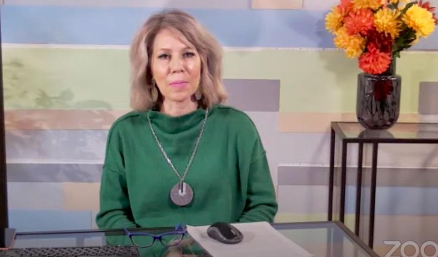 Заключительную онлайн-экскурсию Наталья Леонова провела по Москве праздничной