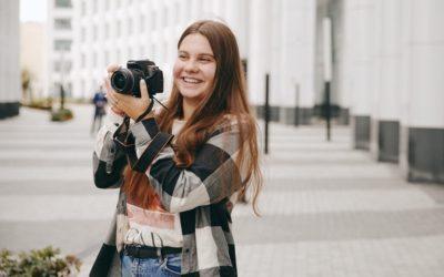 Волонтеров в Школе Арины Шараповой обучат основам журналистики